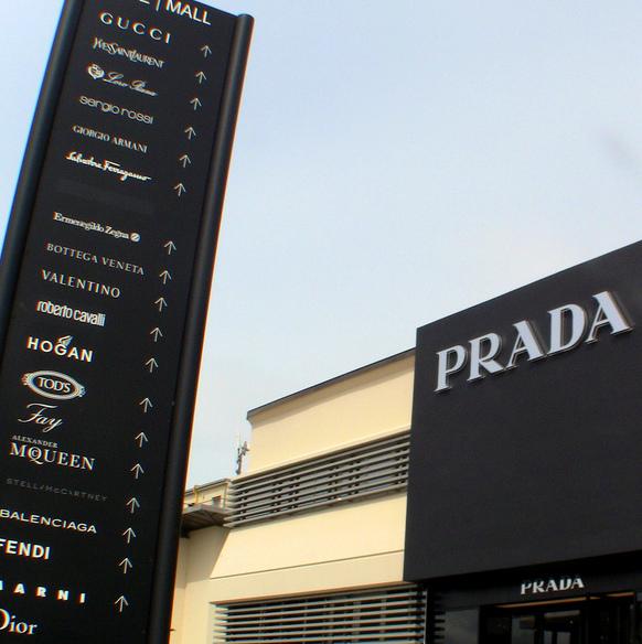 Prada the mall
